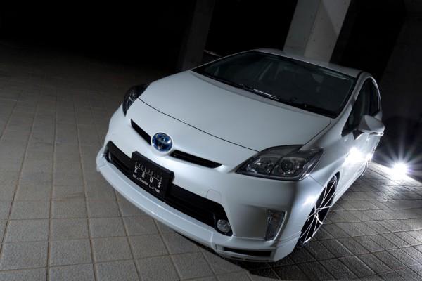 Тюнинг-пакет MzSPEED Exclusive Zeus GLMRS Line Toyota Prius