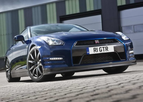 Рестайлинг-пакет Nissan GT-R 2011