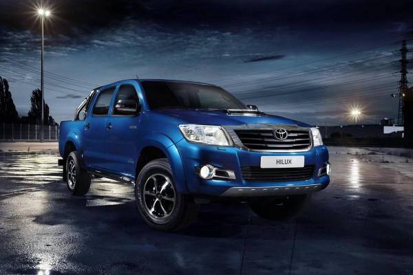 Рестайлинг-пакет Toyota Hilux Invincible 2013